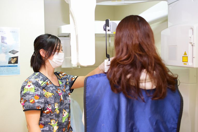 精度の高い治療を実現する設備